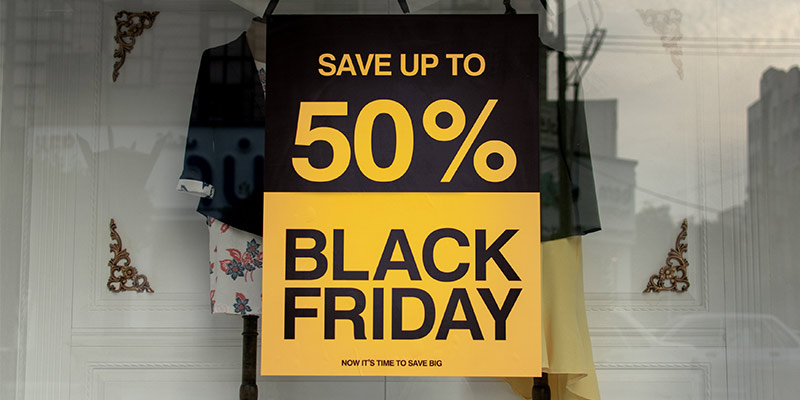 Retailers Spend More on Black Friday than Cyber Monday